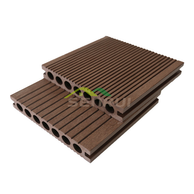 Hollow decking board